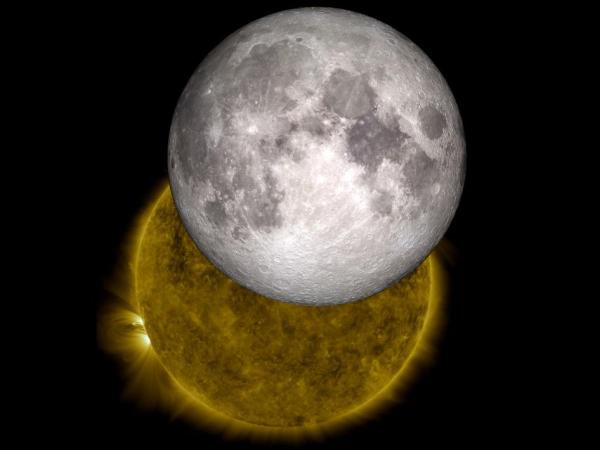755238main_Sun-fullMoon_cropped_946-710